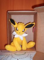 Jolteon plushie by Ishtar-Creations
