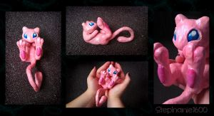 Mew Sculpture 1 by stephanie1600