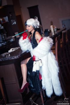 Cruella de Vil at the Bar by the-mirror-melts