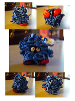 Tangela Sculpture by SisterSquirtle