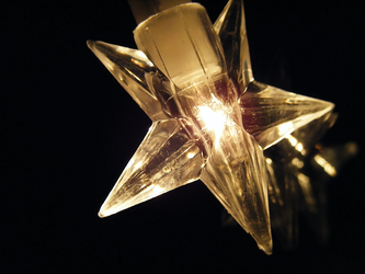 yule star by Lucy-Redgrave