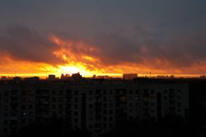 Flame above the sity by Gnus01