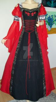 Medieval dress Oxana in black-red by Azinovic