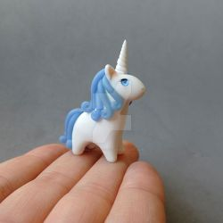 Blue Agate Gemstone Unicorn by mAd-ArIsToCrAt
