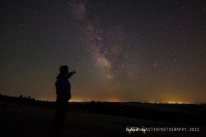 Loking at the Center of Milky Way by whiteLion07