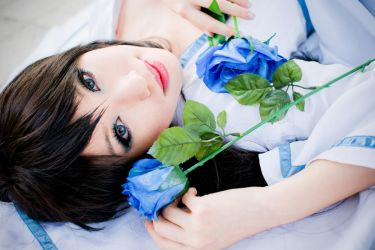 Diva of the Blue Roses - 1 by missdeliri