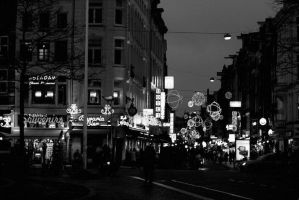 Amsterdam by night by thedaydreaminggirl