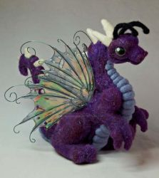 Needle Felted Fairy Dragon II by The-GoblinQueen