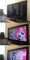 Pinkie Teaches Twilight About the 4th Wall by Astiam300