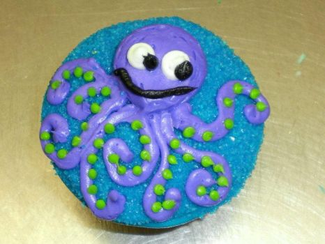 octopus cupcake by angelazilla