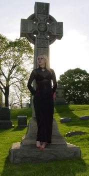 Cemetery Shoot by Gnutzick