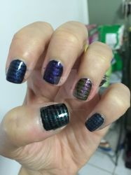 Stripey glitter nails 3 by Goddess-Suicune