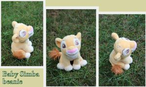 Baby Simba beanie by Laurel-Lion