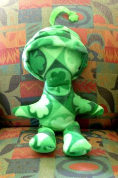 Alien From Eire by Froggy-Spaztastic