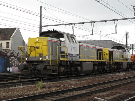 Antwerp B 240613 HLD 77 7783 + 7869 by kanyiko