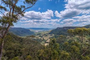 Kangaroo Valley by TarJakArt