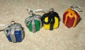 Polymer clay - Hogwarts gifts by SarahRose