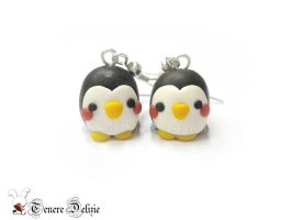 Kawaii penguin earrings by TenereDelizie