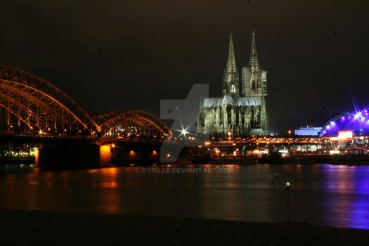 Cologne by Night by Dyrgja