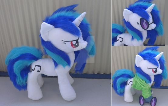 Dj pony / vinyl scratch plush with hoodie/goggles by Epicrainbowcrafts