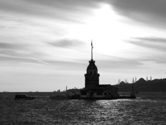 Maiden's Tower by uberdream