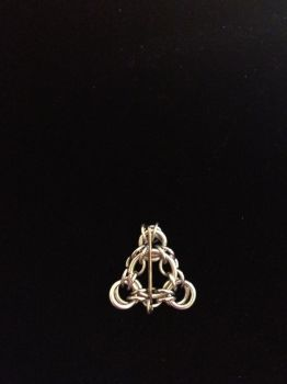 Deathly Hallows Chainmaille by innatedreamer