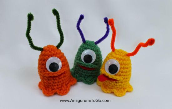 Crochet-Alien-Slug-Easter-Egg-Cozy by sojala