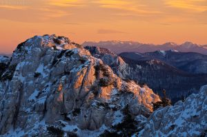 To the far peaks... by ivancoric