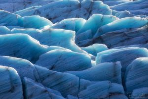 The structures of a glacier by LinsenSchuss