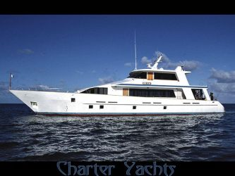 Charter Yachts by puddlz