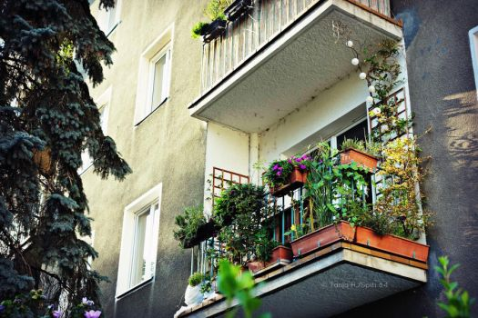 balconys in vienna by spiti84