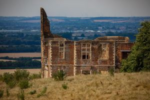 Houghton House from afar! by Mincingyoda
