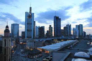 Frankfurt Skyline by DansPhotos