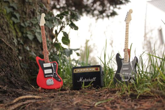 3D Printed Guitars and Amp 01 by houssamica