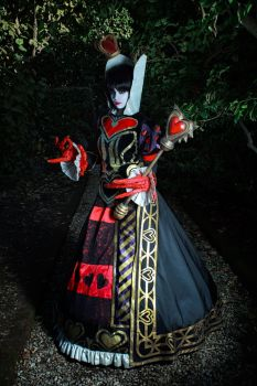 Red Queen of Hearts - Alice Madness Cosplay by Achico-Xion