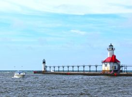 St. Joseph/Benton Harbor Lighthouses by Foozma73