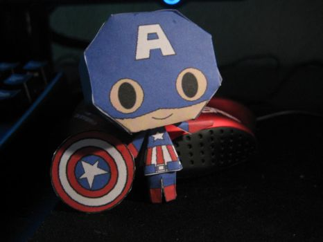 Captain America Papercraft by bunnycharms