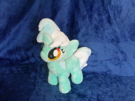 Lyra Filly Plush by BassPlushProductions