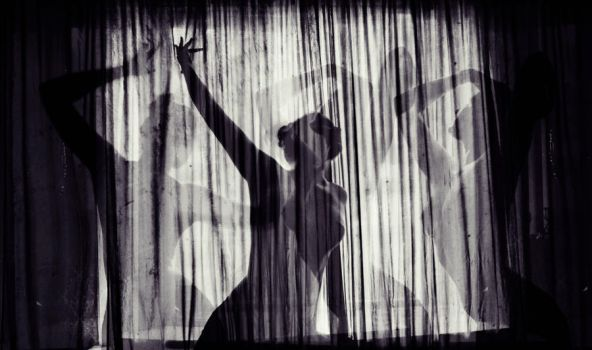 Shadowdance by AmCreationss