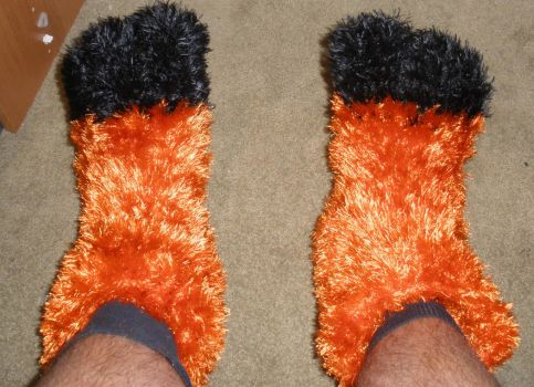 crochet fursuit footpaws by marcsandroid