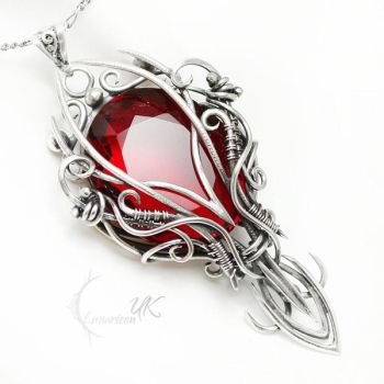 TARXAVILH ARNTRAL Silver, Quartz and Garnet by LUNARIEEN