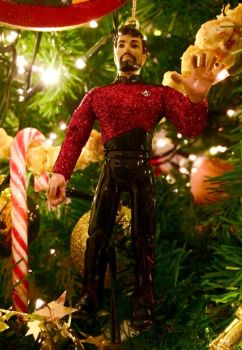 will riker christmas decoration by nightwing1975