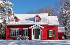 Red house and snow by philippeL