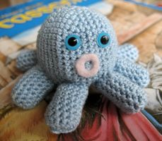 Loopy the Octopus by Minnake