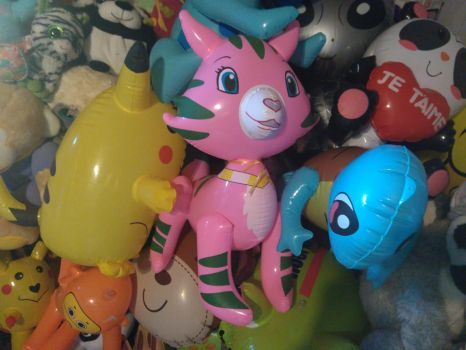 My Inflatable Rose Custard Cat Toy 17 by PoKeMoNosterfanZG