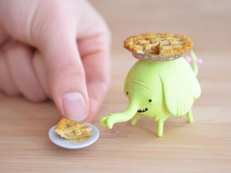 adventure time: tiny tree trunks and apple pie by FatalPotato