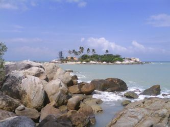 Parai Beach, Bangka Island by Kamantino