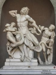 Laocoon and His Sons by Hellenak