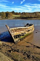 Boat Wreck by Nergling