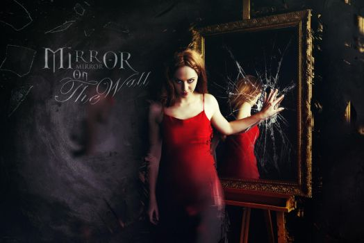 Mirorr Mirror on the Wall by Graphuss